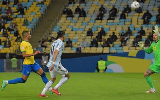 Cựu Quỷ đỏ tung nhát kiếm quyết định, Messi đưa Argentina thoát khỏi cơn ác mộng kinh hoàng - Ảnh 4.