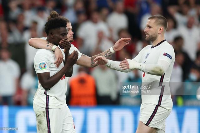 Thảm họa chiến thuật của HLV Southgate khiến đội tuyển Anh thua cay đắng trong loạt đá 11m - Ảnh 2.
