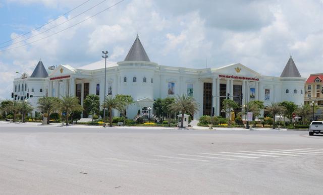 Sai phạm xây dựng tràn lan tại đại lộ Võ Nguyên Giáp ở Thanh Hóa - Ảnh 1.