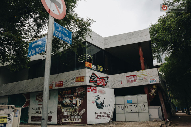 """Mặt bằng nhà phố trung tâm Sài Gòn """"kiệt sức"""" vì Covid-19: Chi chít bảng cho thuê nhưng chẳng ai ngó ngàng - Ảnh 19."""