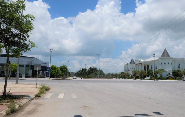 Sai phạm xây dựng tràn lan tại đại lộ Võ Nguyên Giáp ở Thanh Hóa - Ảnh 3.