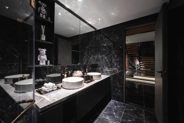 Penthouse 20 tỷ với gam màu đen huyền bí và sang trọng của 9X độc thân: Mạnh tay chốt đơn thiết kế lên tới 6 tỷ - Ảnh 13.