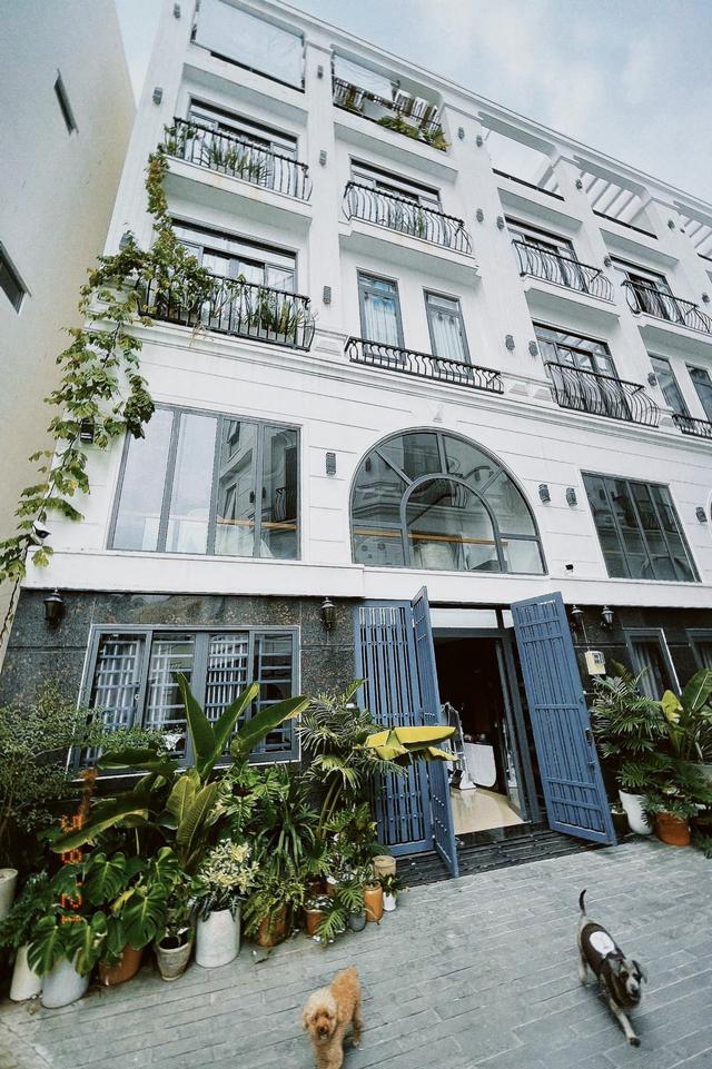 9X sở hữu tới 12 căn biệt thự và nhà phố sau 5 năm bén duyên BĐS - Ảnh 2.