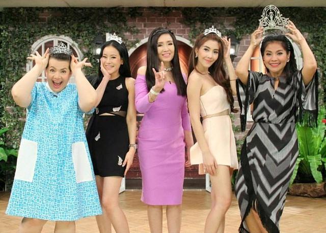 Đăng quang Hoa hậu Hoàn vũ Thế giới từ gần 60 năm trước, mỹ nhân nức tiếng châu Á một thời khiến công chúng sửng sốt với nhan sắc ở tuổi 74 - Ảnh 11.