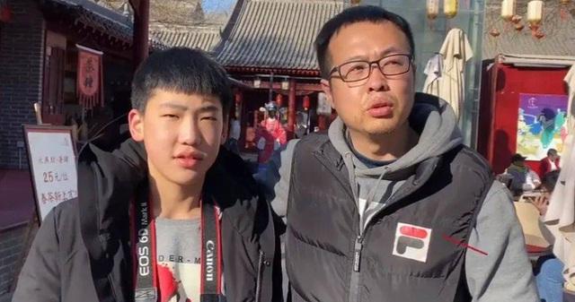 Con trai chán học, ông bố liền từ chức đưa con đi chu du khắp nơi, quyết định táo bạo gây tranh cãi trên MXH - Ảnh 7.