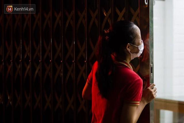 """Các nhà hàng, quán ăn ở Hà Nội sau chỉ thị dừng bán tại chỗ: """"Chúng tôi phải cho hơn 2/3 nhân viên nghỉ việc"""" - Ảnh 10."""