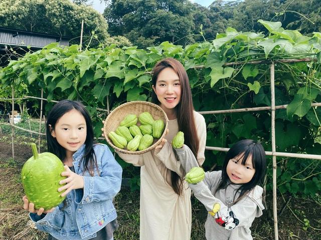 Doanh nhân Việt làm gì ở nhà mùa dịch: Trong khi chủ tịch Hùng Huy vào bếp thì Cường Đô la nghe vợ trồng cây, riêng Hà Tăng chọn 1 thói quen được nhiều tỷ phú tin dùng - Ảnh 14.