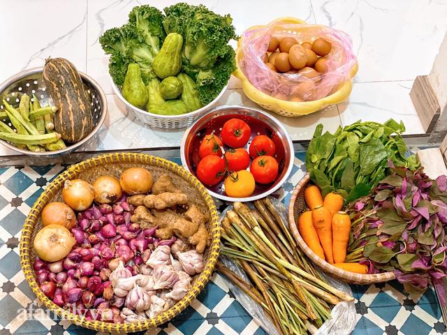 Cọng hành, bó cải bỗng thành của quý của nhiều gia đình tại Sài Gòn, thay đổi luôn cách dùng rau thịt trong mỗi bữa ăn!  - Ảnh 3.
