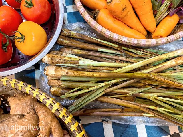 Cọng hành, bó cải bỗng thành của quý của nhiều gia đình tại Sài Gòn, thay đổi luôn cách dùng rau thịt trong mỗi bữa ăn!  - Ảnh 4.