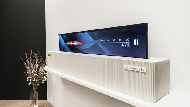 """Cuối cùng, mẫu TV cuộn của LG cũng được bán ra nhưng với giá gây """"chóng mặt"""" gần 2,4 tỷ đồng - Ảnh 2."""