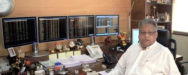 Từ vốn liếng 67 đô cho đến khối tài sản 4,6 tỷ USD hoàn toàn nhờ vào chứng khoán, Warren Buffett của Ấn Độ nhấn mạnh: Đừng bao giờ chọn ngắn hạn! - Ảnh 3.