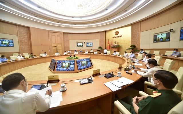 Thủ tướng triệu tập hội nghị với 27 tỉnh, thành phía Nam về phòng chống dịch - Ảnh 3.