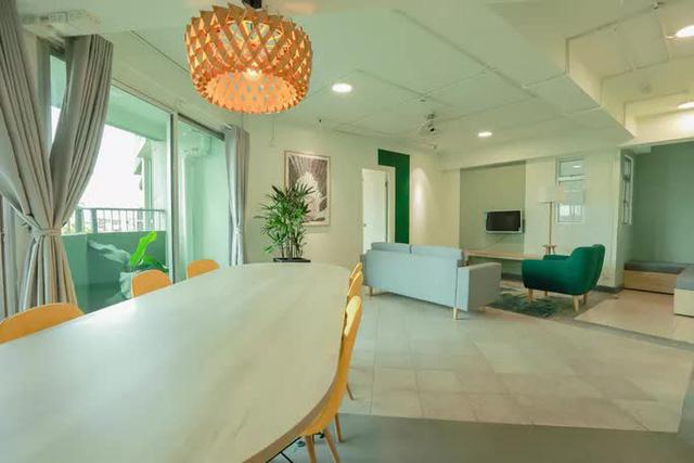 Căn hộ mẫu ở Thuận Kiều Plaza được trưng dụng làm nơi nghỉ cho bác sĩ, nhân viên y tế  - Ảnh 4.