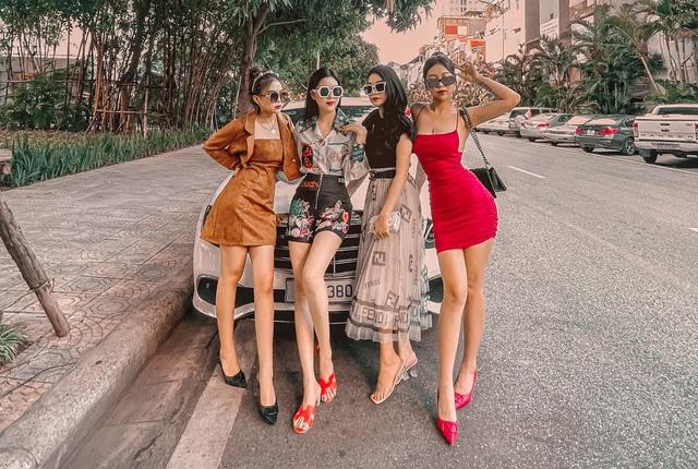 Đây là các mẫu xe sang hay được hot boy, hot girl tài chính dùng sống ảo, truyền đạt đạo lý làm giàu - Ảnh 2.