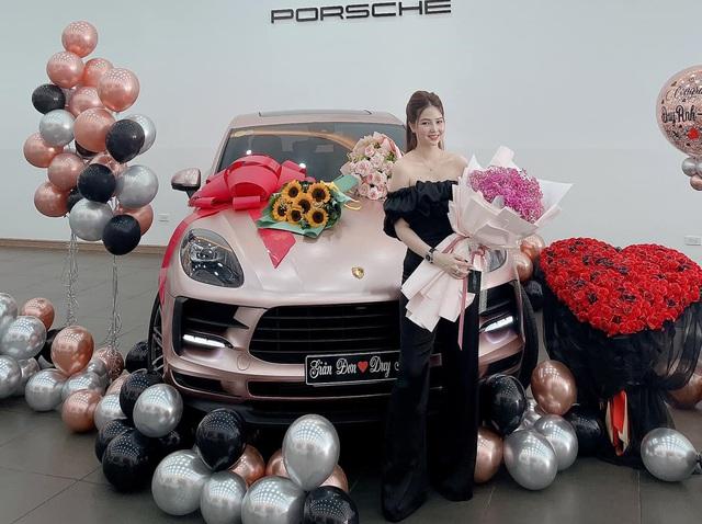Đây là các mẫu xe sang hay được hot boy, hot girl tài chính dùng sống ảo, truyền đạt đạo lý làm giàu - Ảnh 3.