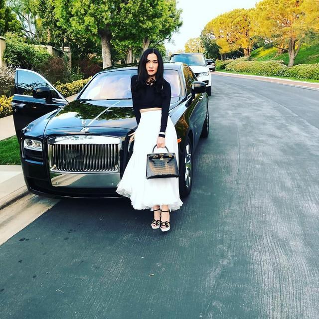 Cuộc sống xa hoa của nữ đại gia gốc Việt trong biệt thự 800 tỷ đồng tại Mỹ: Túi hiệu tậu theo màu, siêu xe cũng sưu tầm toàn cái tên khủng - Ảnh 4.