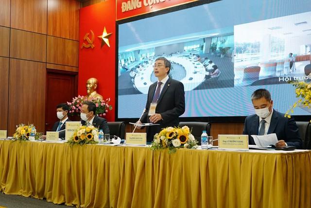Ngành hàng không xoay sở trong đại dịch: Vietnam Airlines bán tàu bay, Vietjet đầu tư chứng khoán - Ảnh 4.