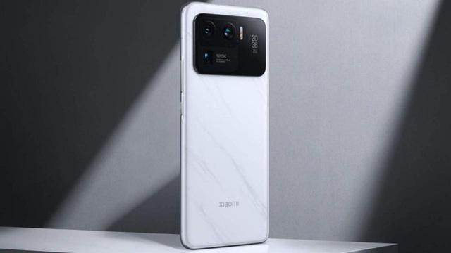 Xiaomi vượt mặt Apple, trở thành nhà sản xuất smartphone lớn thứ 2 thế giới - Ảnh 1.