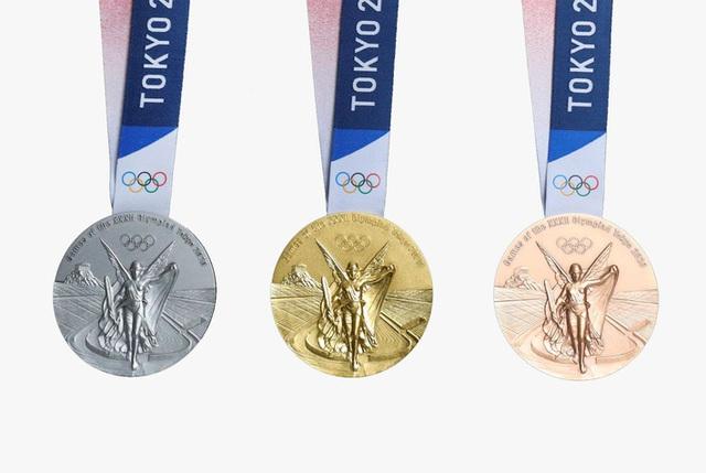 Bộ huy chương chính thức của Olympic 2020 có gì đặc biệt? - Ảnh 1.