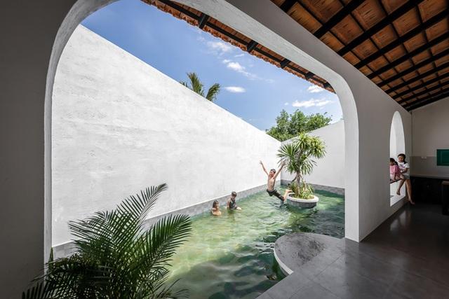 Ngôi nhà màu trắng đẹp không tì vết tại Phú Yên vừa lên báo Mỹ - Ảnh 17.