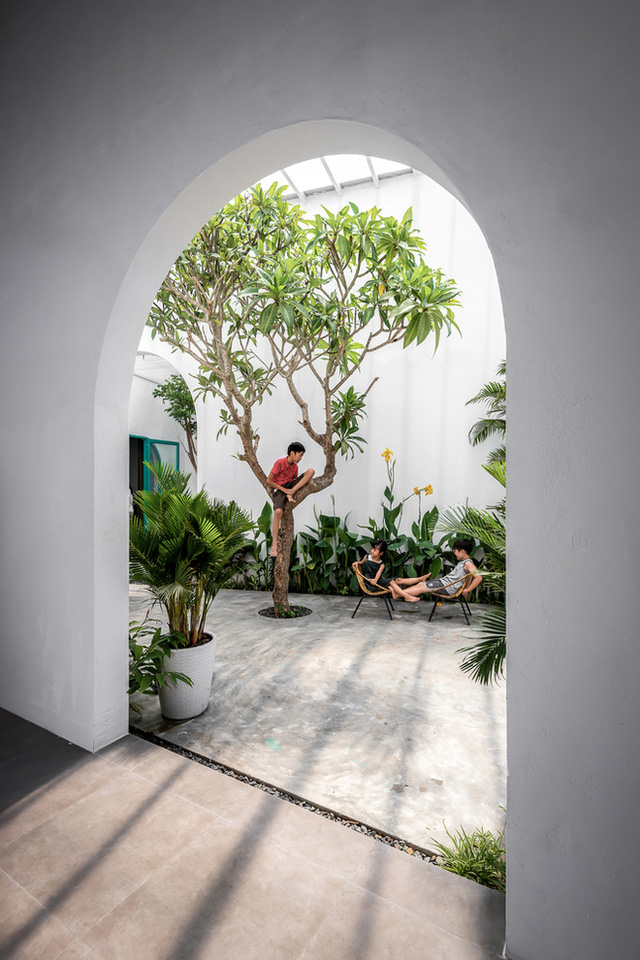 Ngôi nhà màu trắng đẹp không tì vết tại Phú Yên vừa lên báo Mỹ - Ảnh 5.