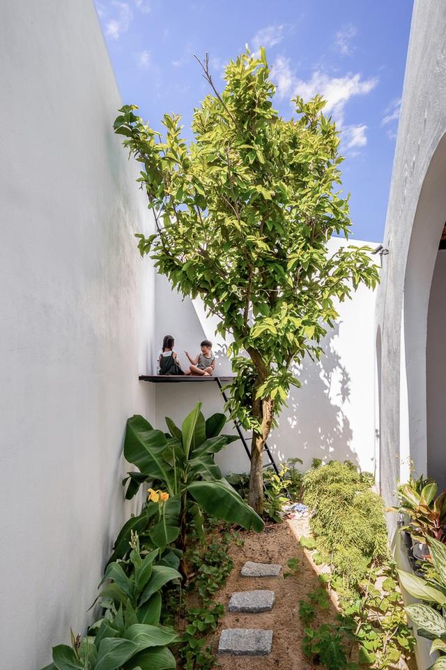Ngôi nhà màu trắng đẹp không tì vết tại Phú Yên vừa lên báo Mỹ - Ảnh 10.