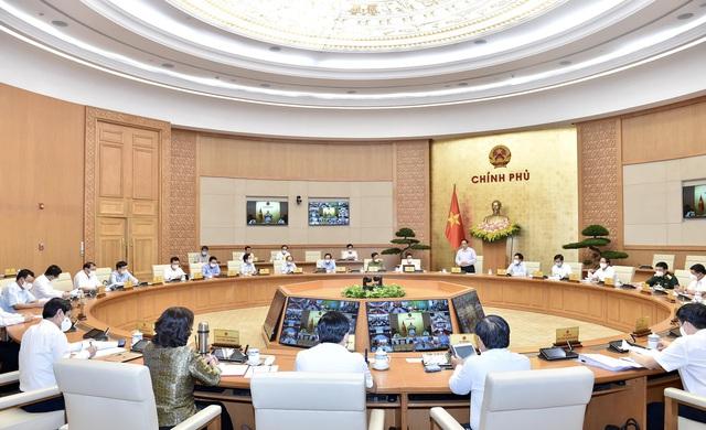 TS Nguyễn Đức Kiên chỉ ra điểm chung đặc biệt trong mọi hành động của Chính phủ trong 100 ngày đầu tiên - Ảnh 2.