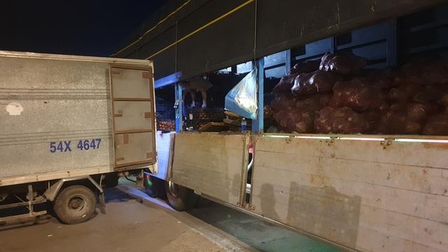 Chợ đầu mối Hóc Môn chuẩn bị mở cửa cho việc trung chuyển hàng hóa về TP HCM - Ảnh 1.