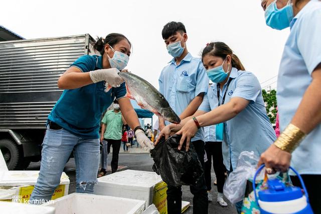 Khi cả nước hướng về Sài Gòn: Những lời kêu gọi, những quỹ từ thiện và chiến dịch tử tế ra đời để tiếp sức thành phố vượt qua dịch bệnh - Ảnh 12.