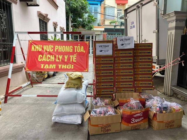 Khi cả nước hướng về Sài Gòn: Những lời kêu gọi, những quỹ từ thiện và chiến dịch tử tế ra đời để tiếp sức thành phố vượt qua dịch bệnh - Ảnh 15.