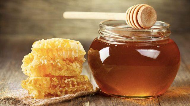 Những sai lầm khi dùng mật ong mà người Việt cần bỏ ngay trước khi khiến cả nhà mang bệnh - Ảnh 3.
