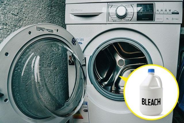 """5 """"ổ chứa"""" vi khuẩn trong nhà tắm của mọi gia đình, không thường xuyên dọn dẹp thì bảo sao cả nhà suốt ngày ốm đau - Ảnh 5."""
