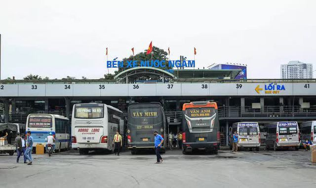 Hà Nội dừng xe khách đi 37 tỉnh, thành phố  - Ảnh 1.