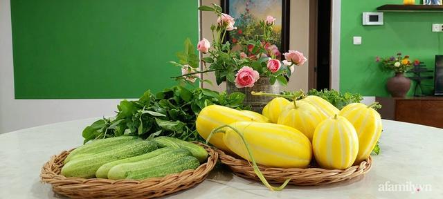 Sân thượng 50m² không khác gì trang trại với đủ loại rau quả sạch theo mùa của mẹ đảm ở Hà Nội - Ảnh 20.