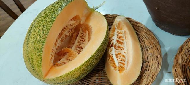 Sân thượng 50m² không khác gì trang trại với đủ loại rau quả sạch theo mùa của mẹ đảm ở Hà Nội - Ảnh 24.