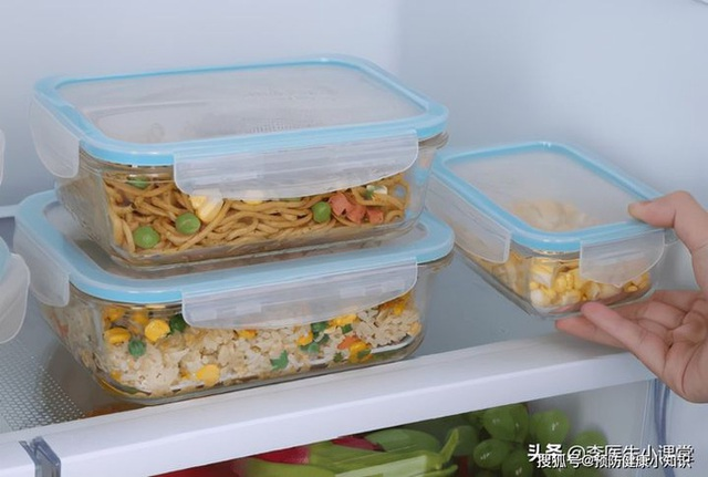Người phụ nữ 28 tuổi được chẩn đoán ung thư dạ dày, bác sĩ cảnh báo: 2 loại thực phẩm này để trong tủ lạnh lâu ngày, tất cả đều là chất gây ung thư  - Ảnh 3.
