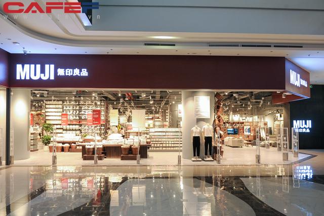 MUJI mất 2 năm để kiếm mặt bằng tại Hà Nội, khẳng định giá một số sản phẩm tại Việt Nam rẻ hơn các nước - Ảnh 1.