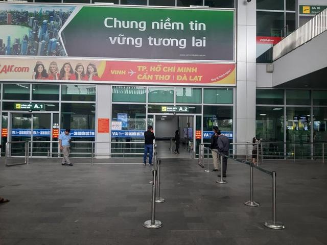 Không đồng ý đóng cửa sân bay Vinh - Ảnh 1.