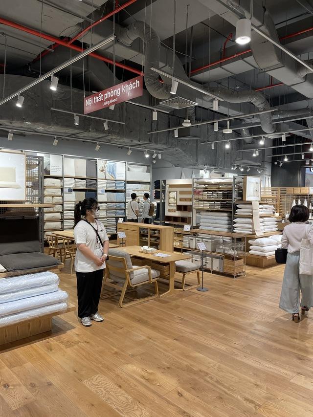MUJI mất 2 năm để kiếm mặt bằng tại Hà Nội, khẳng định giá một số sản phẩm tại Việt Nam rẻ hơn các nước - Ảnh 10.