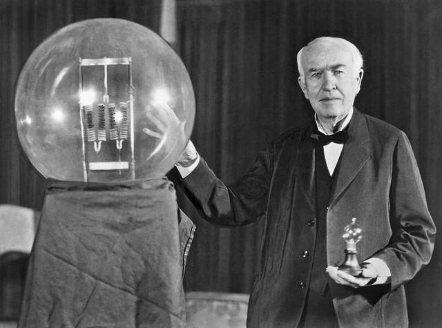 Không chỉ là nhà khoa học vĩ đại nhất thế giới, Thomas Edison hóa ra còn vô cùng cao tay trong kinh doanh: Ngay cả phát minh bóng đèn cũng chẳng phải một sự tình cờ - Ảnh 1.