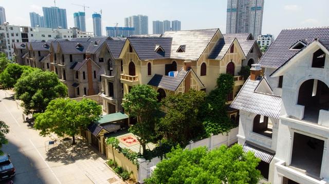 Bên trong 2 dự án biệt thự, nhà liền kề tăng giá nóng ở phía Tây Hà Nội - Ảnh 3.