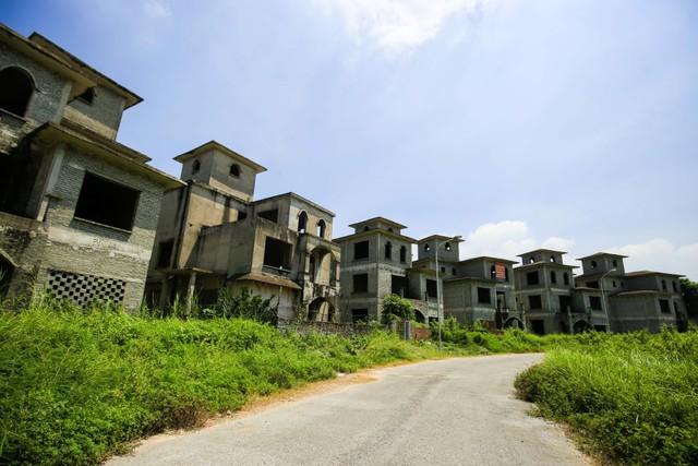 Bên trong 2 dự án biệt thự, nhà liền kề tăng giá nóng ở phía Tây Hà Nội - Ảnh 9.