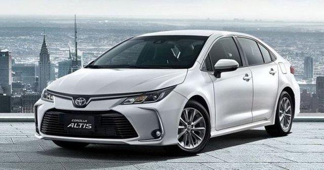 Toyota Corolla Altis giảm mạnh xuống dưới 700 triệu, đe dọa Elantra và Civic, sẵn sàng chờ bản mới - Ảnh 1.