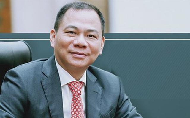 Loạt doanh nhân Việt không tiếc tiền làm từ thiện: Người âm thầm đóng góp hơn 1.700 tỷ VNĐ chỉ trong 1 năm, người bán cả siêu xe Rolls-Royce Phantom để hỗ trợ vùng lũ - Ảnh 1.
