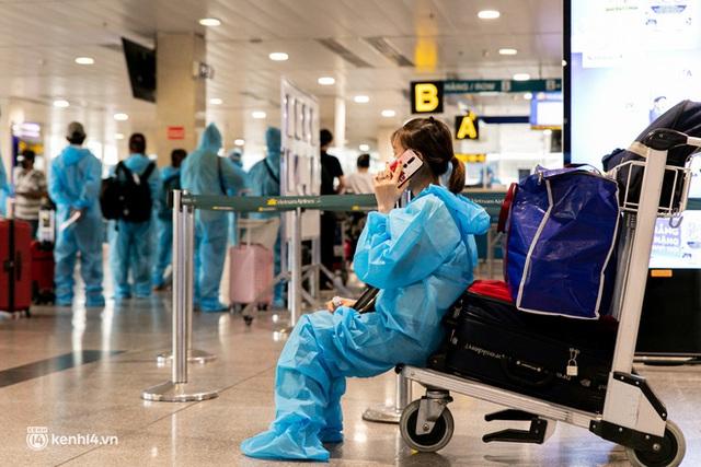 Ảnh: Hơn 600 người dân Đà Nẵng bị mắc kẹt tại TP.HCM được trở về quê hương trên chuyến bay 0 đồng - Ảnh 23.