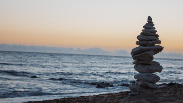 Bài học cuộc sống đắt giá hơn bất cứ thứ gì trên đời: Hiểu được thì đời sống bình an, tâm thanh tịnh và giàu sang cả đời  - Ảnh 3.