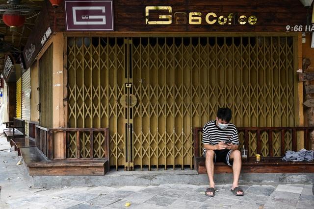 Chiến lược Covid-19 năm thứ hai: Có khả thi không nếu Việt Nam đánh đổi giữa y tế và kinh tế như các nước phát triển? - Ảnh 3.