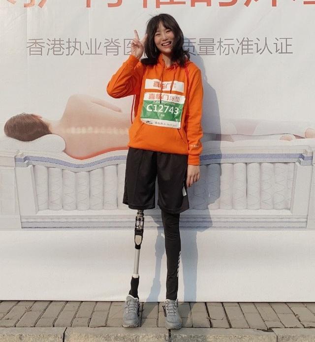 Cô gái sống sót trong trận động đất kinh hoàng, mất chân phải, trải qua 30 cuộc phẫu thuật để giữ mạng: Vượt qua mặc cảm, trở thành nhiếp ảnh gia và truyền cảm hứng cho nhiều người - Ảnh 8.