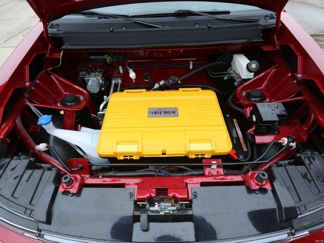 Bất ngờ với mẫu ô tô điện gầm cao máy thoáng, sạc 1 lần chạy 300km, giá 170 triệu - Ảnh 8.