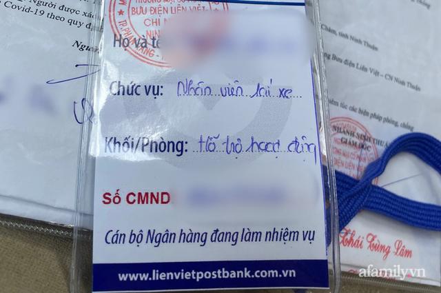 Tài xế của ngân hàng bị yêu cầu quay xe ở chốt kiểm soát dịch Ninh Thuận vì tiền không phải hàng hóa thiết yếu - Ảnh 5.